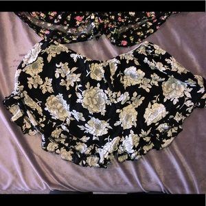 Brandy Melville Ruffle Shorts